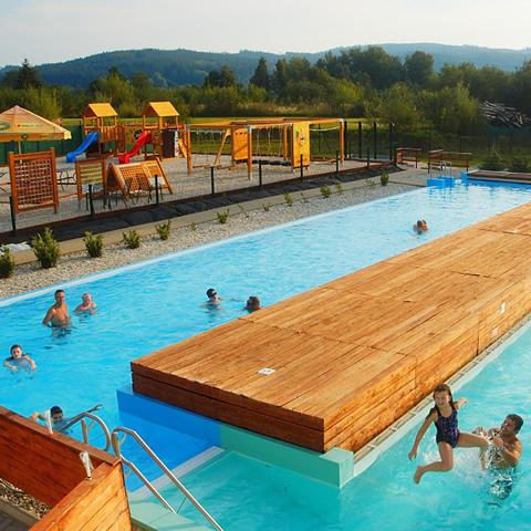 Letní wellness pobyty s bazénem zdarma